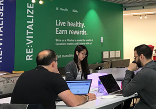 Manulife employees attending the Montreal HackItOut hackathon.